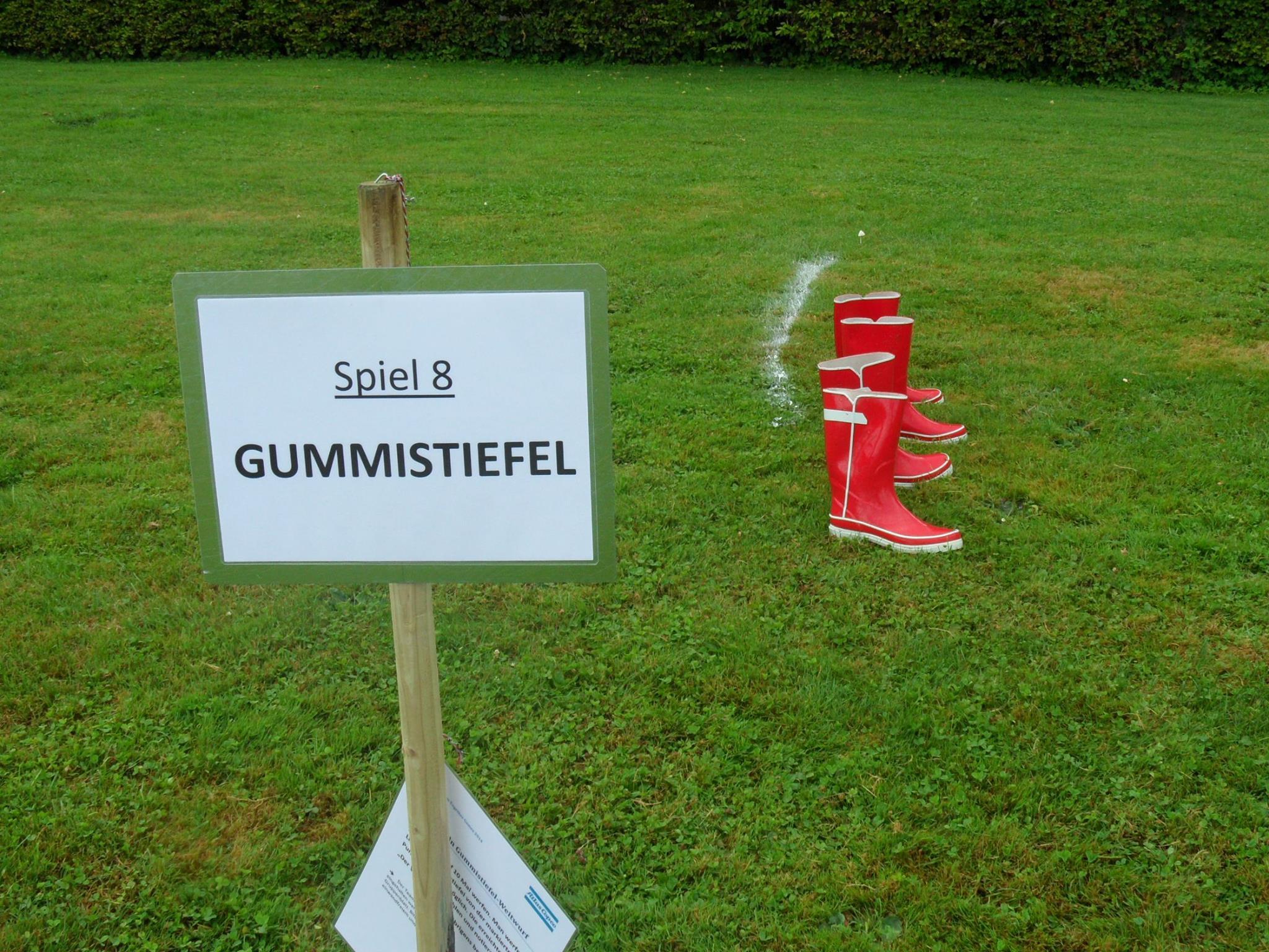 Gummistiefel-Weitwurf