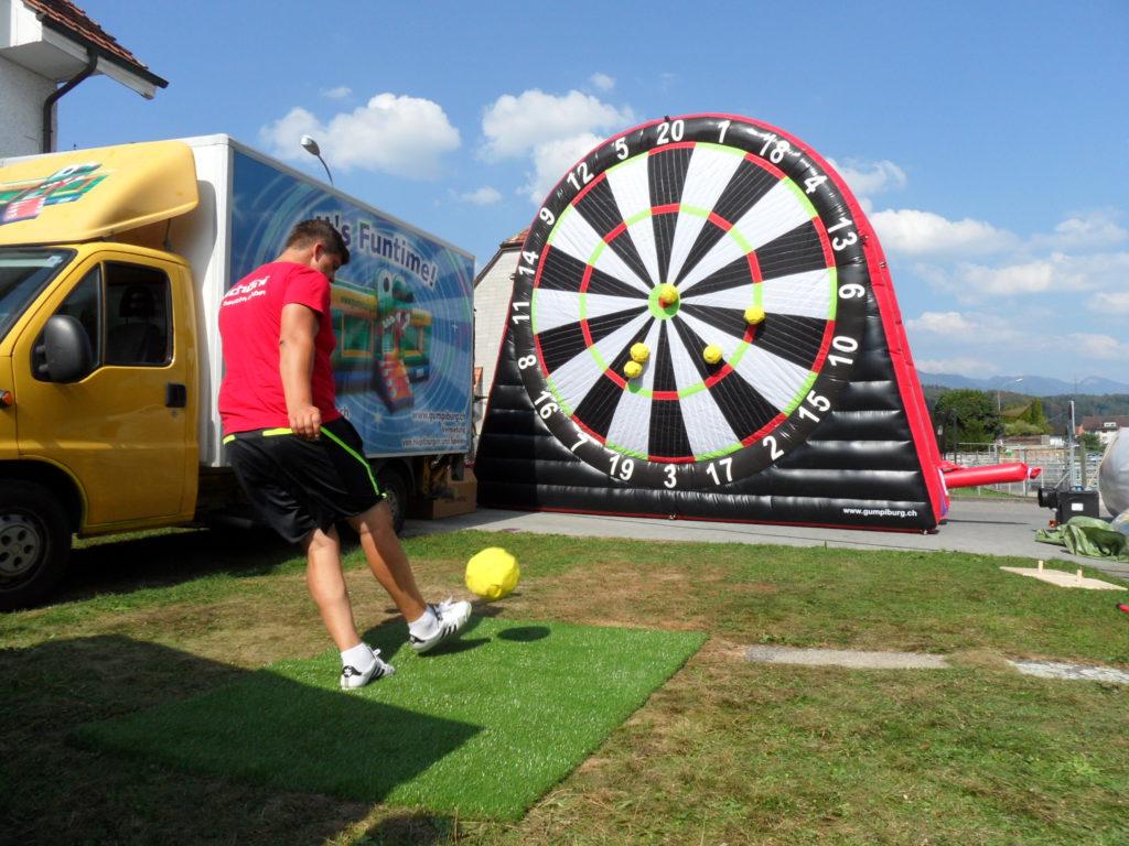 Fussball Dart Hupfburgen Attraktionen