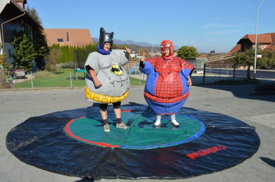 sumo batman spiderman mieten