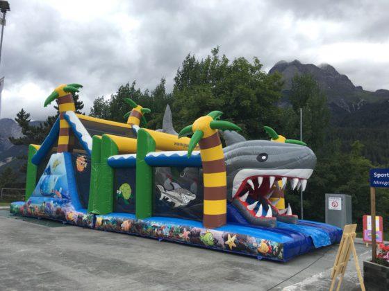 Shark Run Luftschloss Schweiz Vermietung