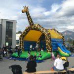 Hüpfburg Giraffe riesig
