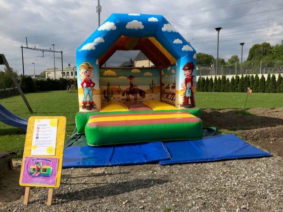 bouncy castle cowboy rental switzerland