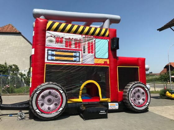 Hüpfburg Feuerwehrauto Fire Truck mieten