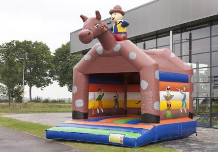 neu: Hüpfburg Pferd